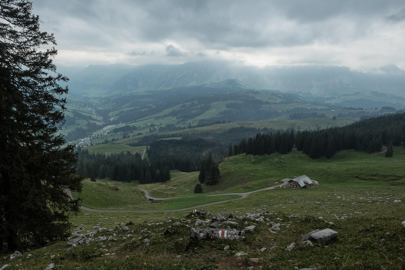 Aussicht auf Bodenhütte bei Sörenberg
