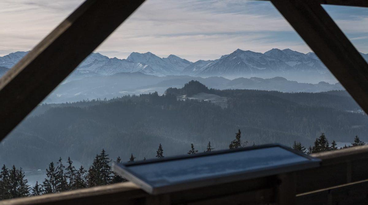 Aussicht Chuderhuesi Aussichtsturm im Emmental