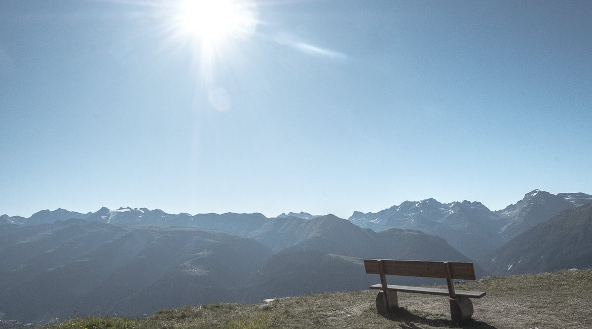 Bänkli an der Sonne im Aletschgebiet