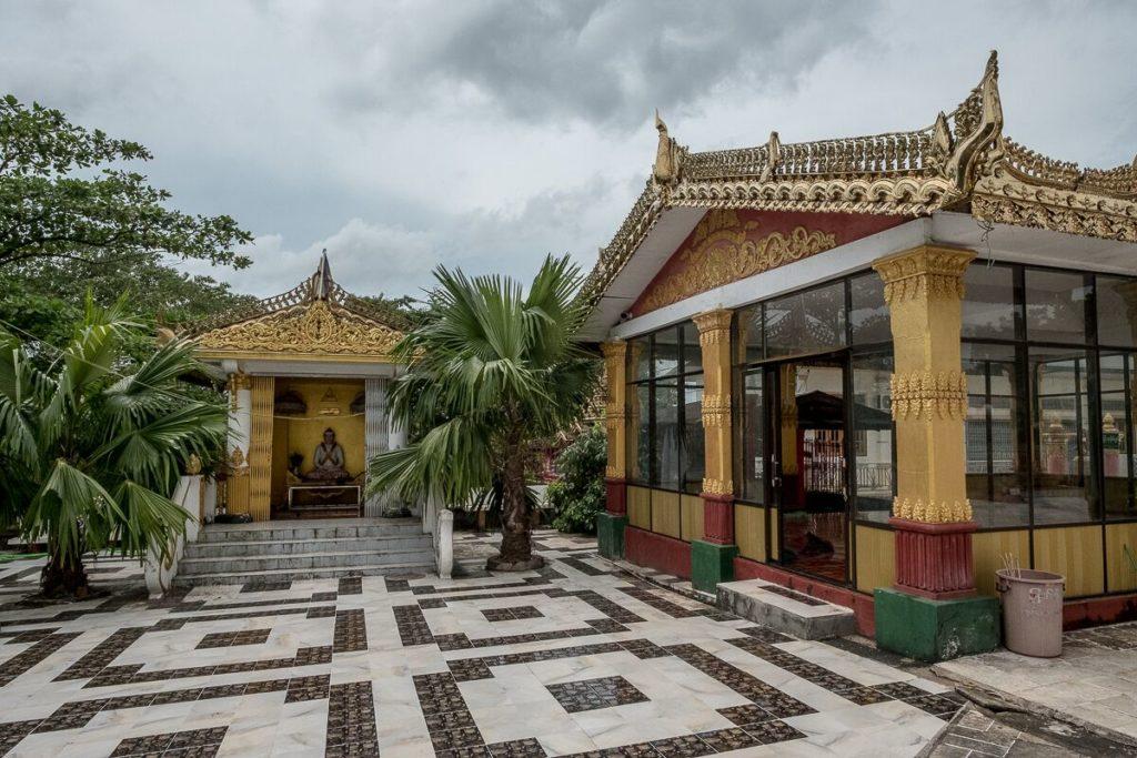 bago-goldene-tempel