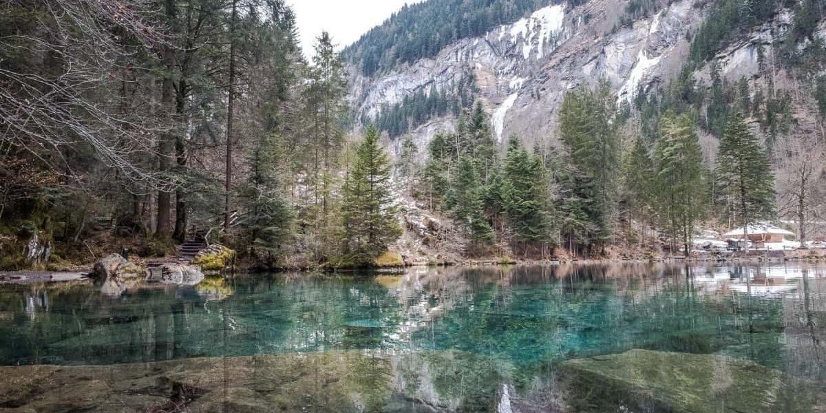 Blausee Berner Oberland Spiegelungen