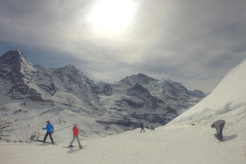 Frühling Snowboarden