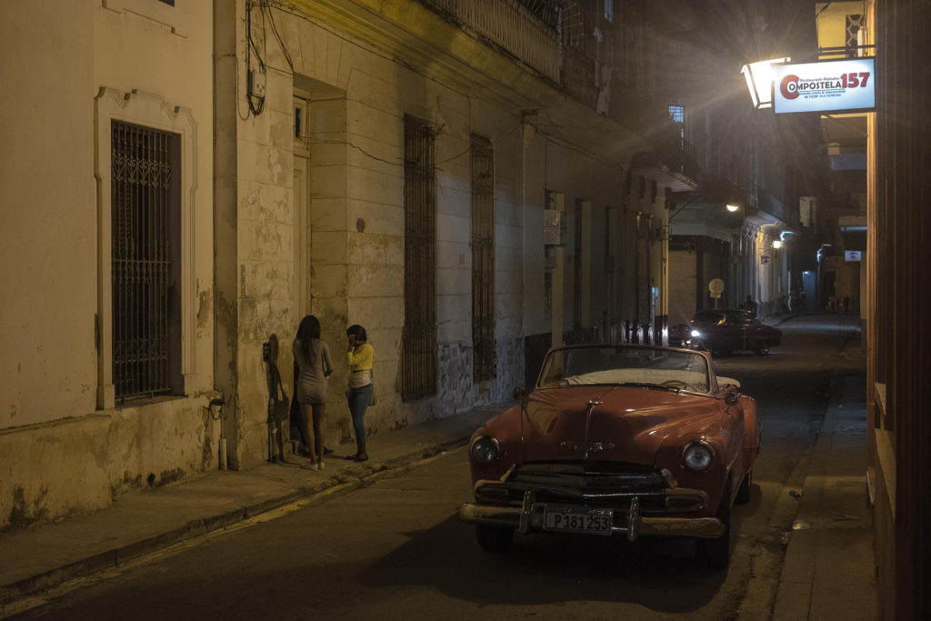Havanna Oldtimer by night