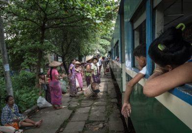 Yangon Circular Train Line – eine Zugfahrt zur persönlichen Demut