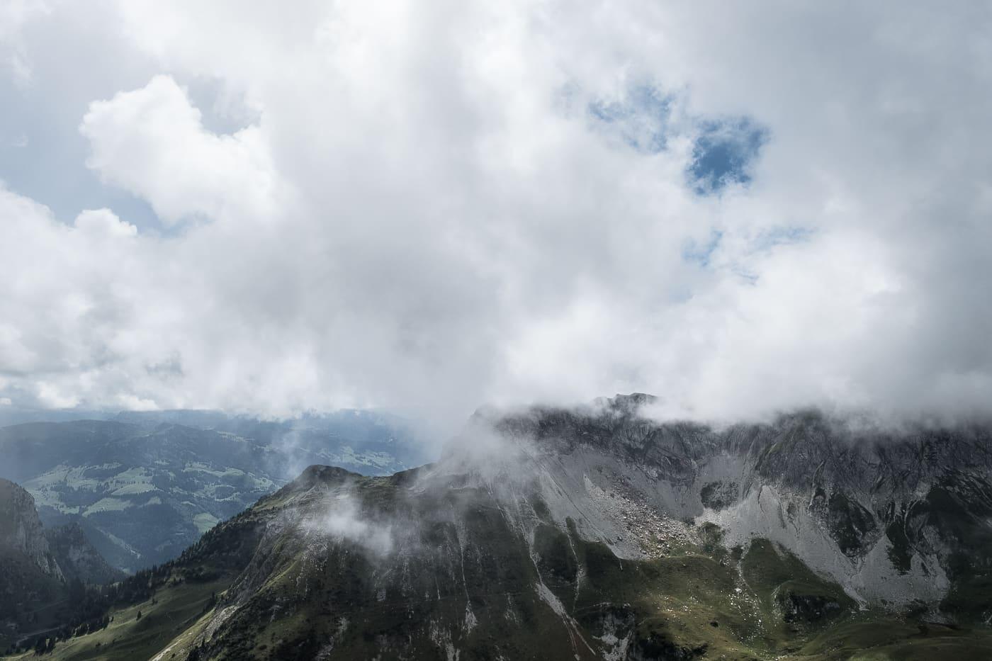 lichtspiel-berge-fribourg