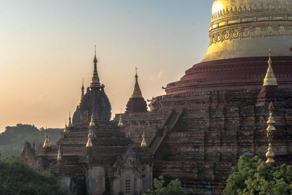 morgenstimmung-bagan-tempel