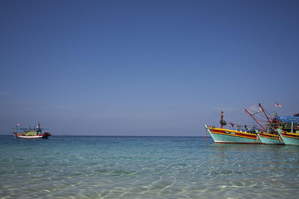 Schiffe in Pulau Besar Malaysia