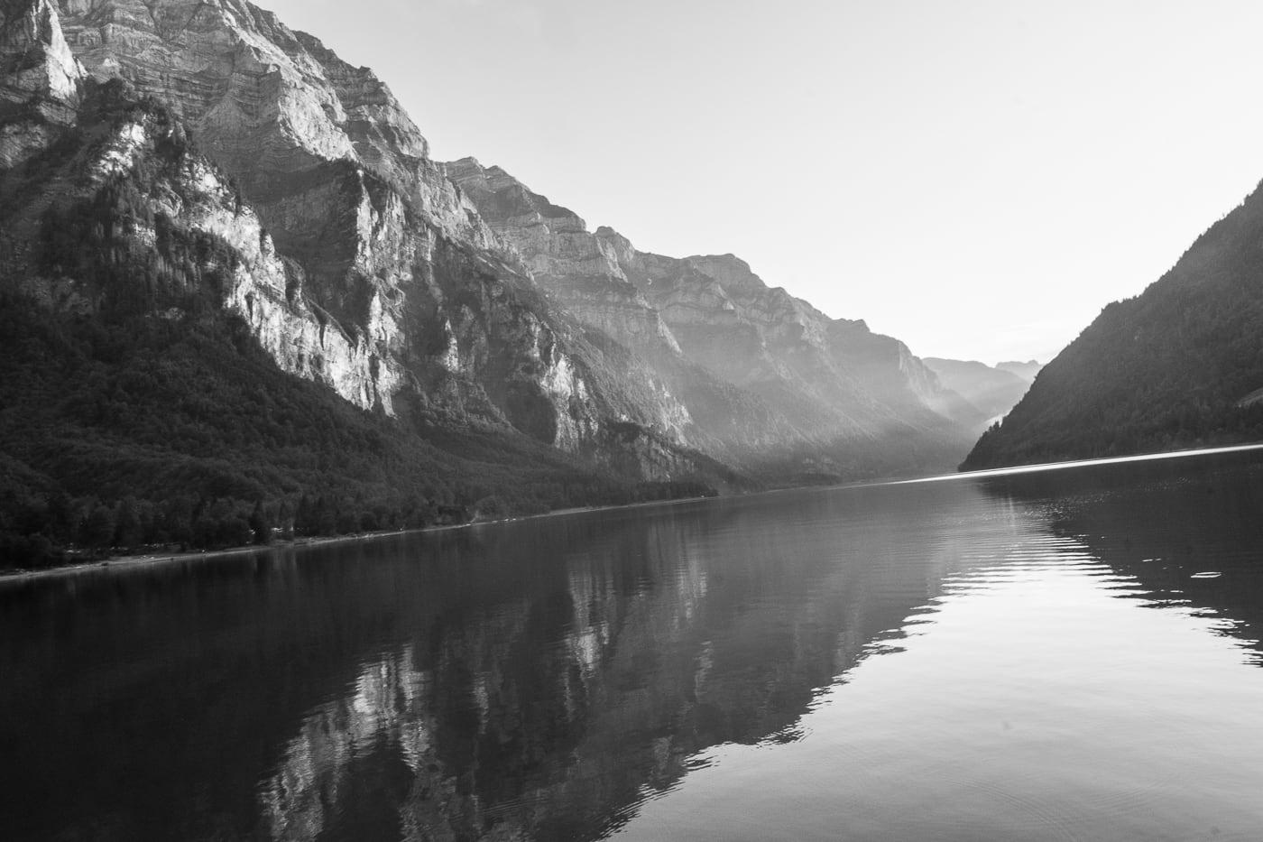 Schwarzweiss Kloental See