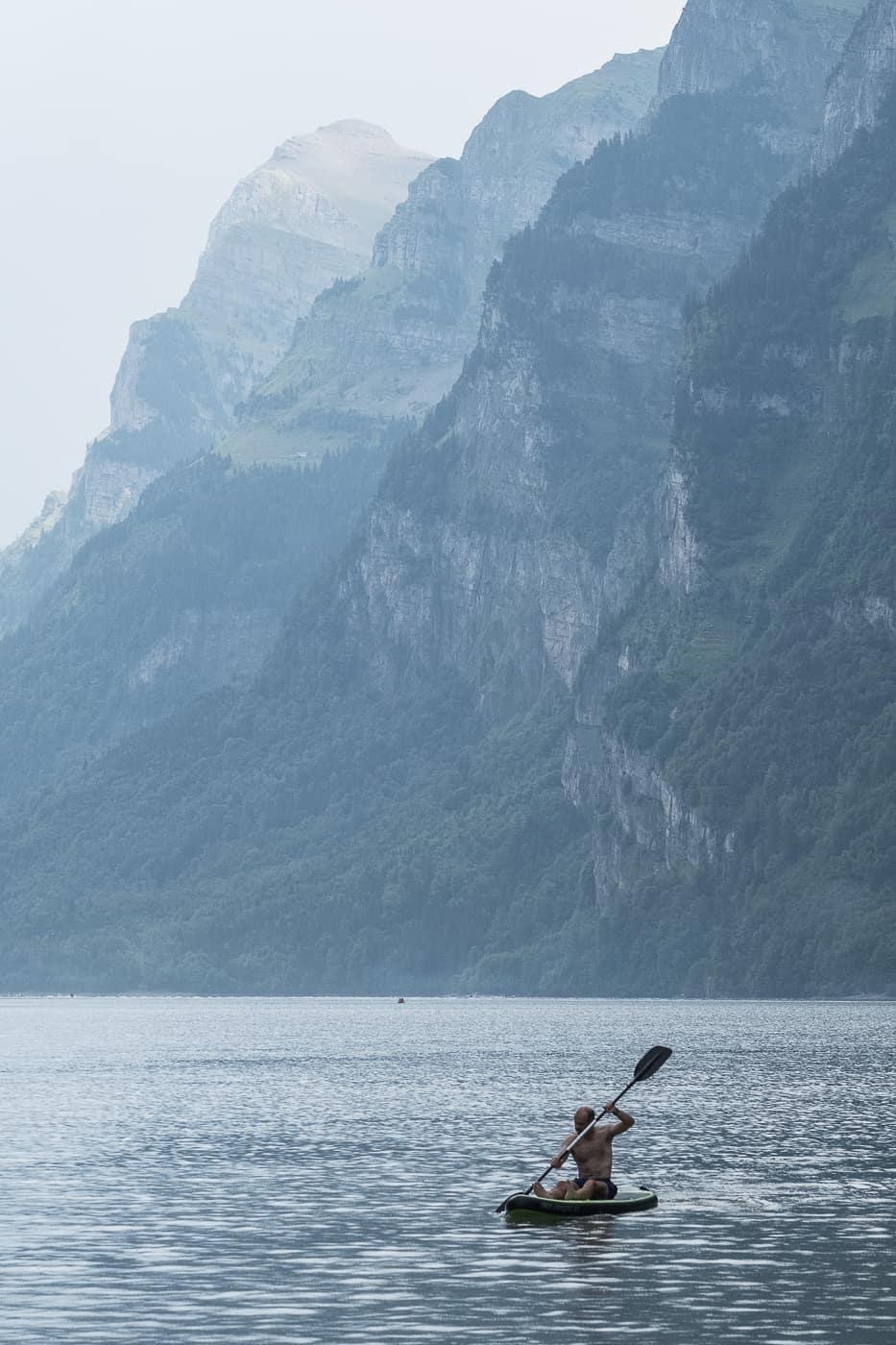 Stand Up Paddeln auf dem Klöntalersee