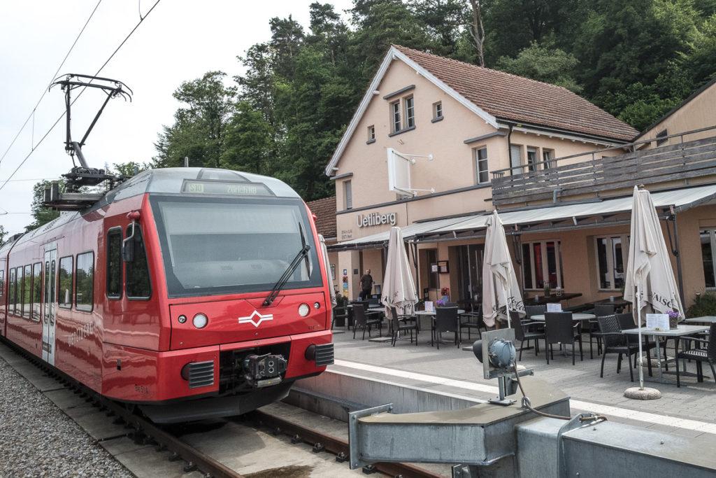 Anreise mit dem Zug auf den Üetliberg