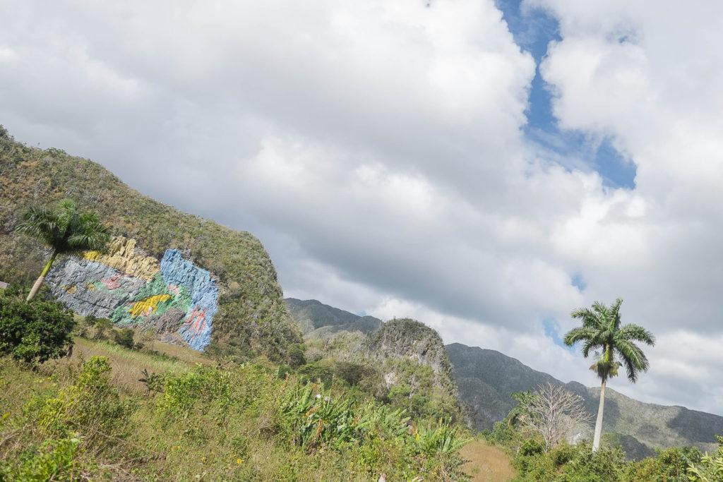 Mural de la Prehistorica in Vinales
